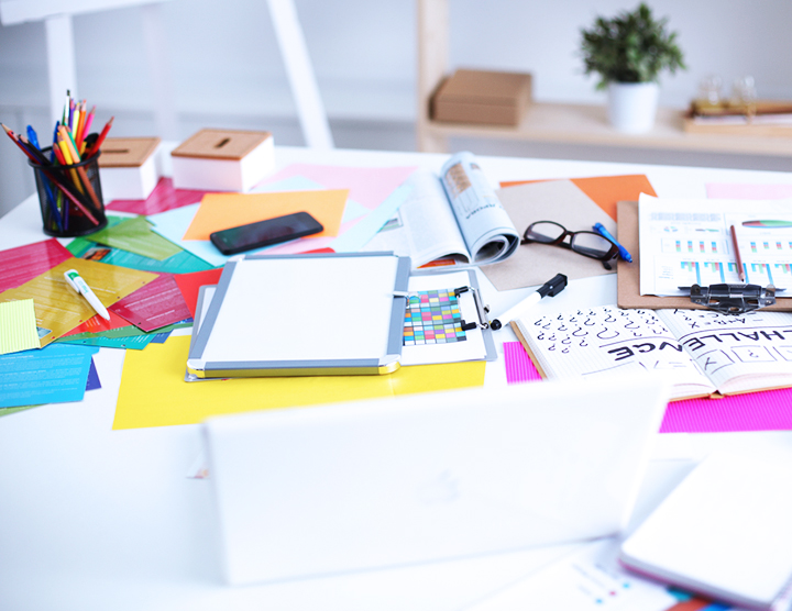 5 Ways to Purge a Messy Desk